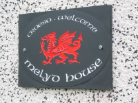 Welsh Slate Welcome Sign with Welsh Dragon